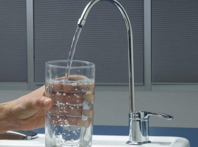 Nước suối, nước tinh khiết và nước khoáng khác nhau như thế nào?