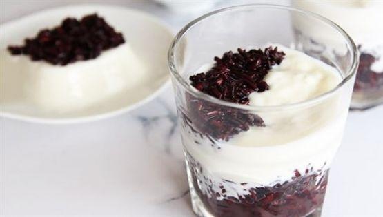 Cách làm sữa chua nếp cẩm ngon, bổ, rẻ ngay tại nhà